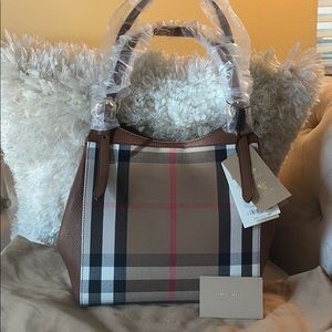 Authentic Burberry Canterbury Tote Horseferry Bag